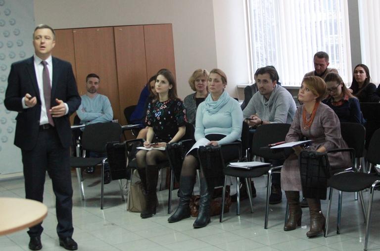 Україна має відмовитись від виховання дітей в інтернатах